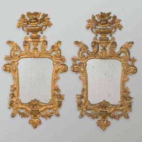 Pareja de espejos en madera tallada y dorada del siglo XIX
