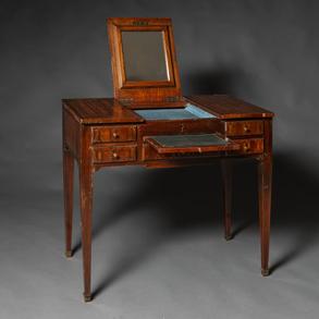 Mueble tocador estilo Luis XVI en madera de maderas finas con marquetería floral y ajedrezada. Siglo XIX