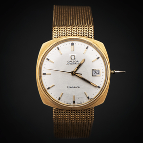 Reloj de caballero marca Omega Seamaster con caja de oro amarillo de 18 Kt.