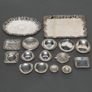 Miscelánea de piezas de plata española punzonada. Siglo XX.