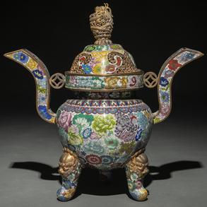Incensario en esmalte cloisonné y bronce dorado. Trabajo Chino, Siglo XIX-XX