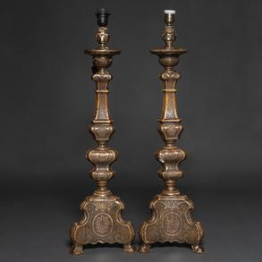 Pareja de hacheros en madera tallada policromada. Trabajo Español, Siglo XVIII