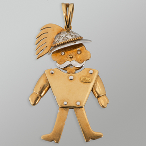 Colgante en forma de muñeco articulado marca