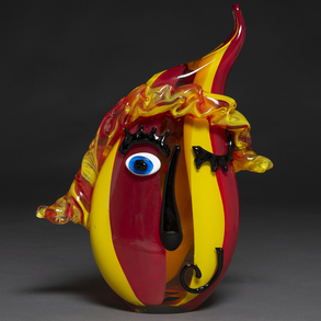 Jarrón en forma de máscara en cristal de Murano. h. 1970-80