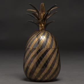 Hielera en forma de piña gallonada en bronce dorado y negro. Siglo XX