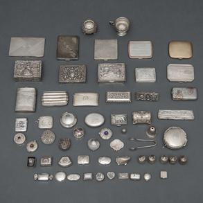 Colección de cajas de rape,pastilleros y pitilleras realizadas en plata punzonada.