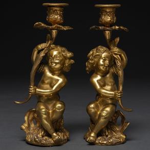 Pareja de candeleros en bronce dorado. Trabajo Francés, Siglo XIX