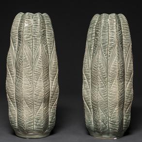 Pareja de jarrones en cerámica Italiana color verde en forma de cactus. Italia, años 70-80