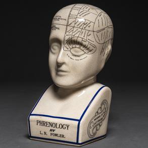 Cabeza frenológica en porcelana esmaltada con inscripción de Lorenzo Niles Fowler (1811 -1896)