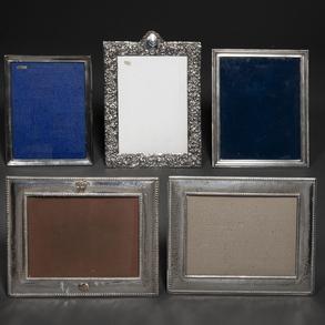 Bonita colección de cinco marcos en plata española punzonada. Siglo XX