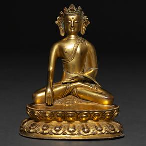Buda Tibetano sobre flor de loto realizado en bronce dorado del siglo XIX